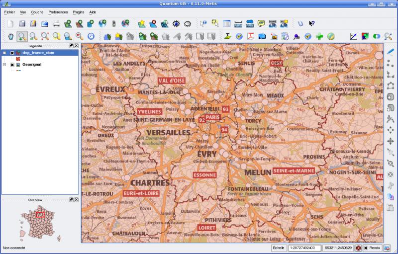 Un exemple de carte dans QGIS : une couche WMS (géosignal) et une couche vectorielle (GeoFla, IGN)